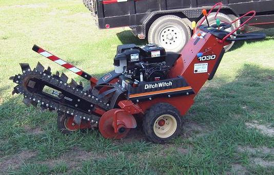 DitchWitch_1030-Rental-1